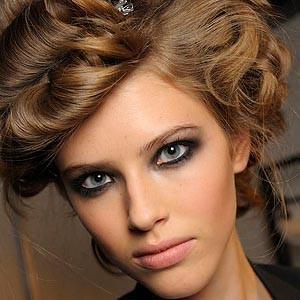 макияж Smokey eyes - модный тренд сезона
