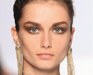 широкие брови - модный тренд сезона