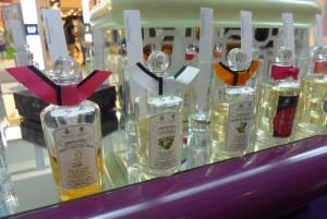 выбрать духи в интернет-магазине парфюмерии