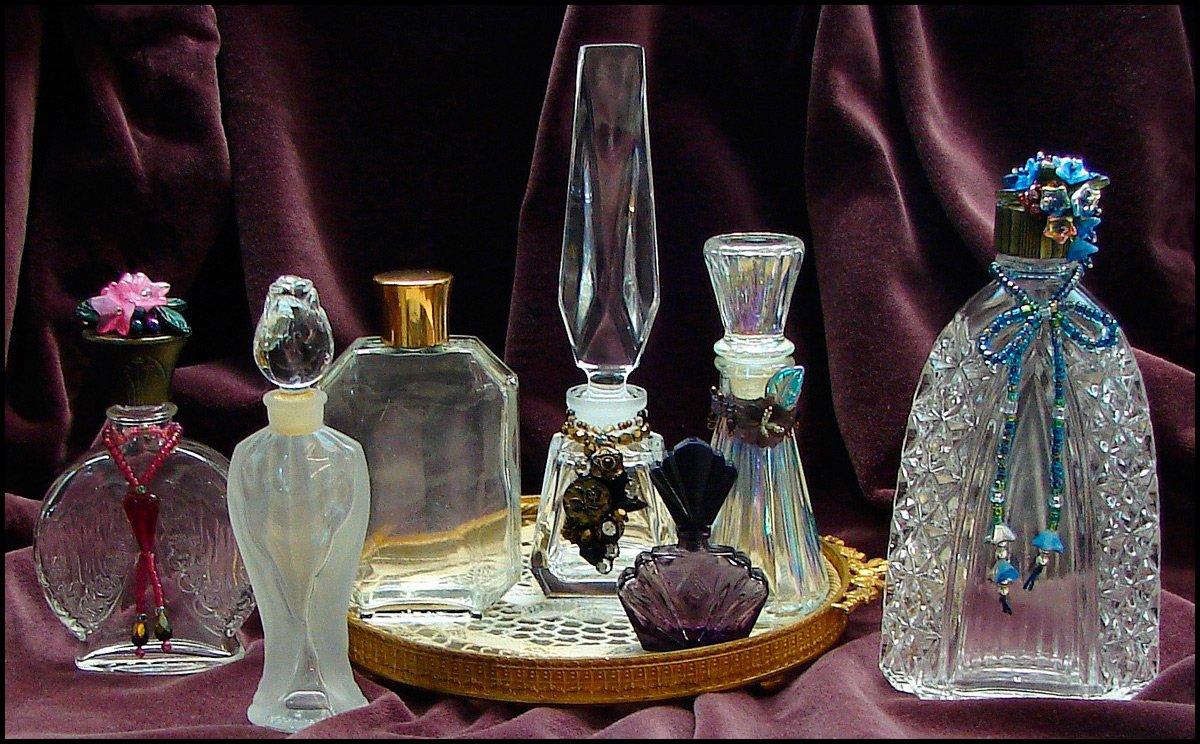 1325849464_perfume-bottles-1